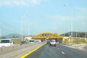 <span style='font-weight:300;'>Liaison Tizi-Ouzou-Autoroute Est-Ouest</span><br/>Une pénétrante de 36 km (2&#215;3 voies) pour désenclaver la RN12