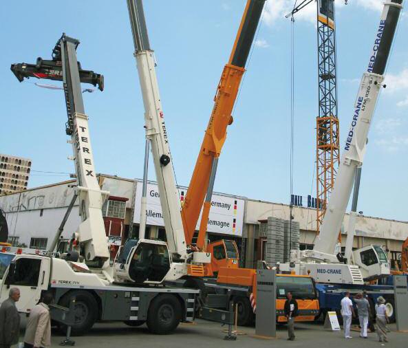 <span style='font-weight:300;'>12 200 engins TP et manutention dédouanés </span><br/>Les importations ont doublé en 2012