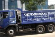 <span style='font-weight:300;'>Caravane Daewoo d'Est en Ouest </span><br/>Elsecom parie vendre 1 000 camions en 2013