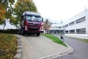 <span style='font-weight:300;'>Camion de l'année 2014</span><br/>Volvo élu pour la 3e fois depuis son lancement