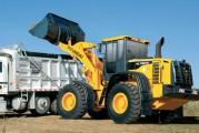 <span style='font-weight:300;'>Chargeuses HL740-7S et SL 763</span><br/>Hyundai Motor Algérie mise sur le service et la disponibilité