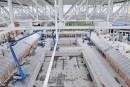Nacelle et telescopique Genie sur le chantier du complexe aquatique en Hongrie