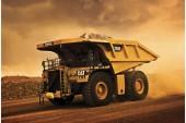 Caterpillar assemble son 5000e camion minier de la serie 793