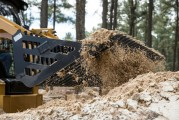 Godets squelettes sont pour la séparation des roches et des débris du sol