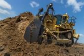 Caterpillar produit  son 40 000E D11T pour  les mines d'Elk Valley